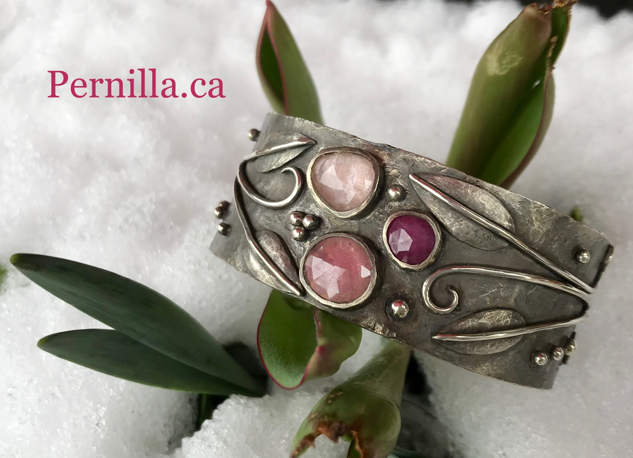 """""""Northern Spring"""" Quince Cuff"""